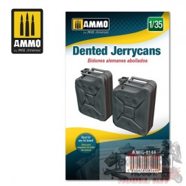 DENTED JERRYCANS 1/35...