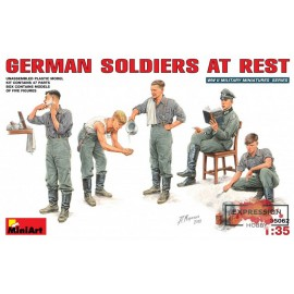 GERMAN SOLDIERS AT REST...
